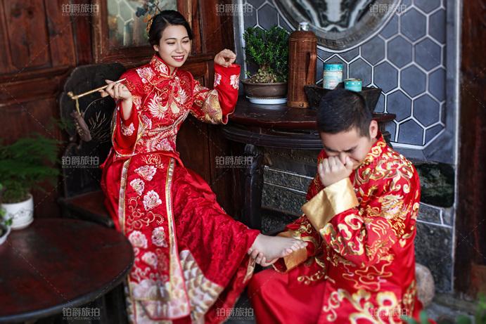 铂爵旅拍有中式礼服吗?中式婚纱照的特点有哪些?