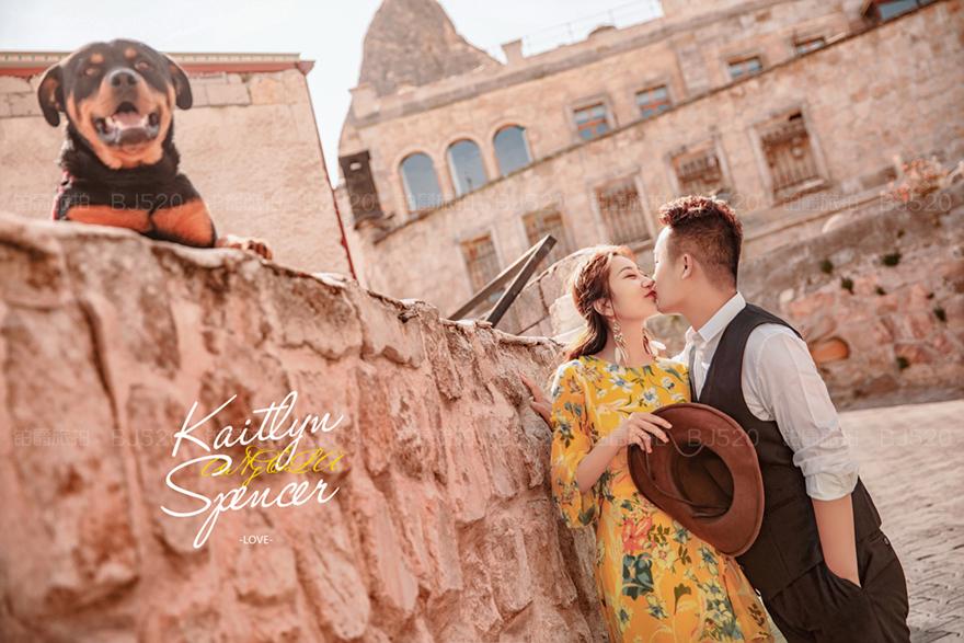 厦门欧式建筑婚纱照的特点有哪些?拍摄姿势是怎样的
