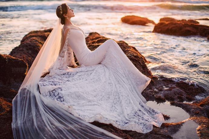 中山装婚纱照后期制作和取件的时候都应该注意些什么?