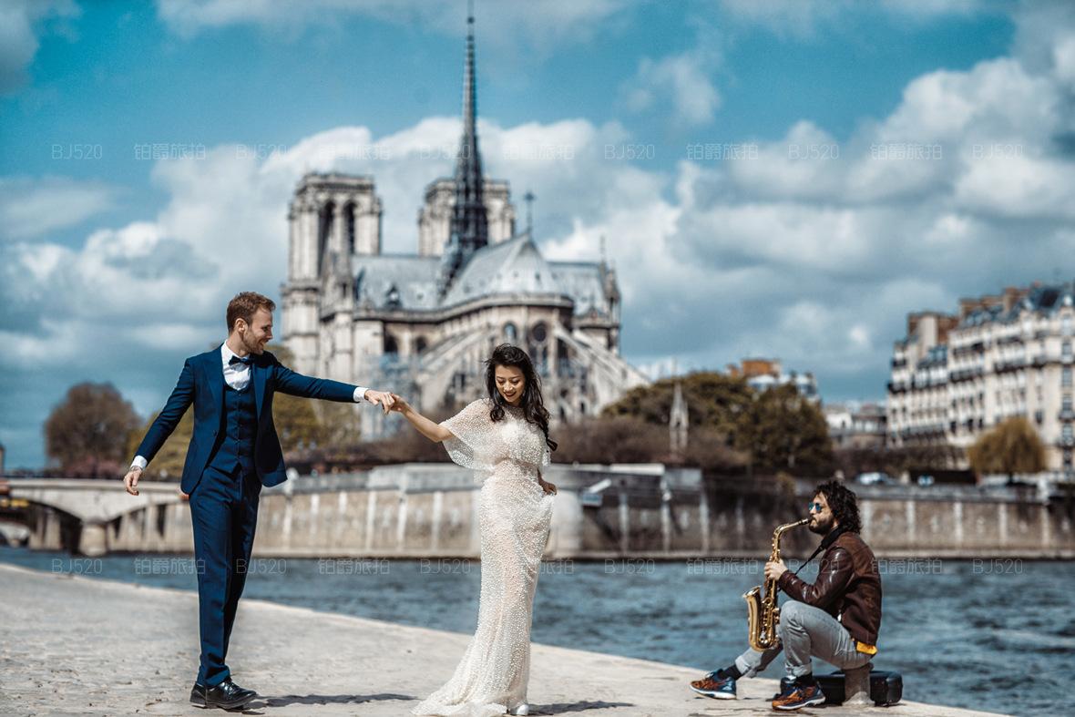 拍古典婚纱照技巧有哪些?拍古典婚纱照一般多少钱