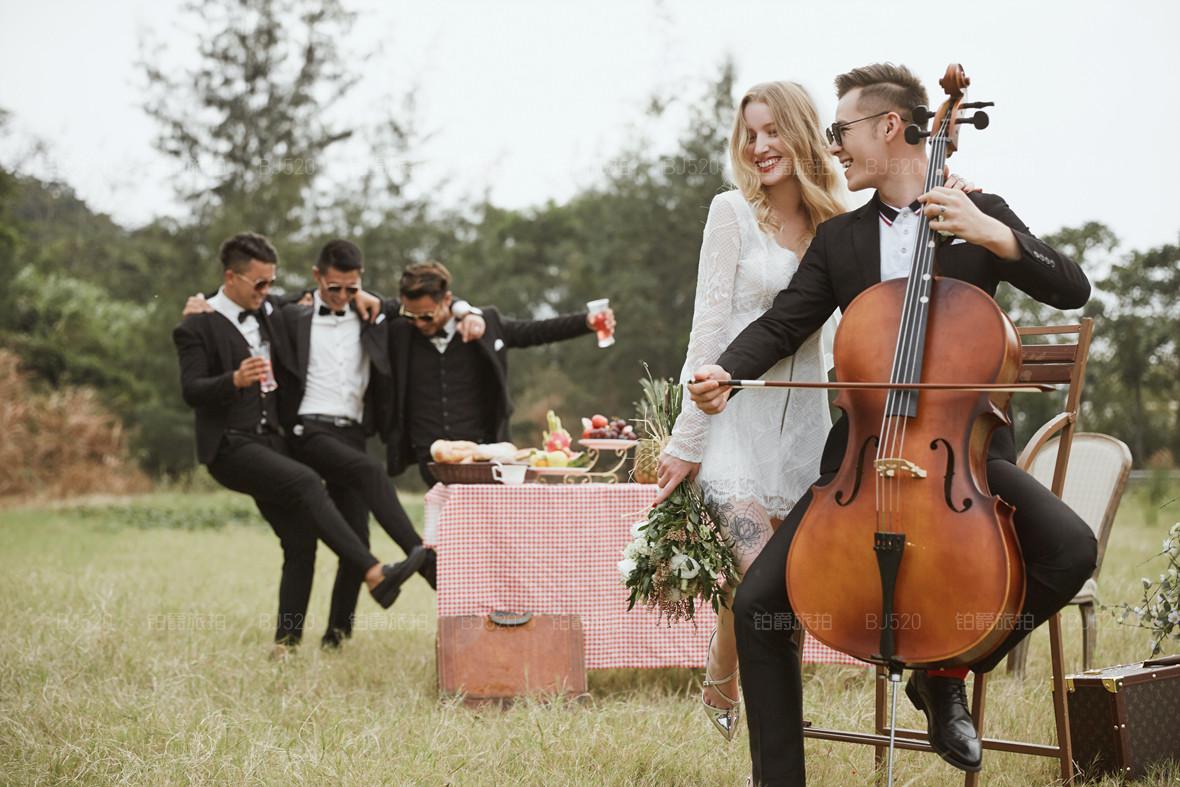 80后个性婚纱照风格 最适合80后拍摄的婚纱照风格