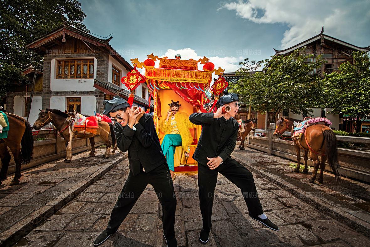 中式复古婚纱照要如何选择服装?厦门婚纱照攻略