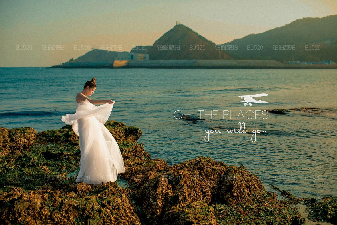 韩式婚纱摄影攻略的内容有哪些?它的风格特点是怎样的?