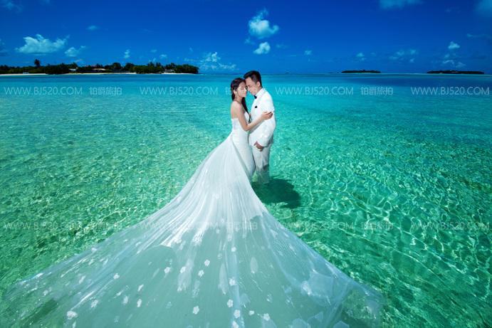 海底婚纱照拍摄技巧介绍 婚纱该如何选择?