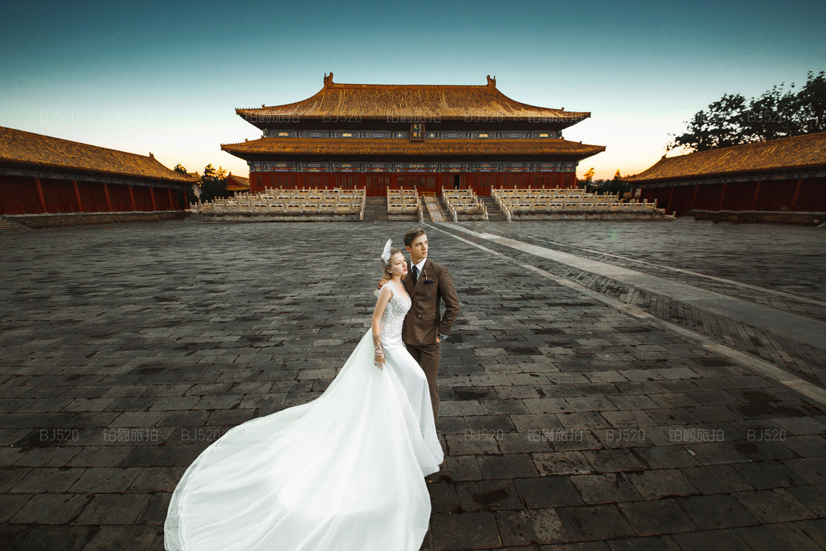 美人鱼婚纱照怎么拍?这么美的婚纱照必须了解下