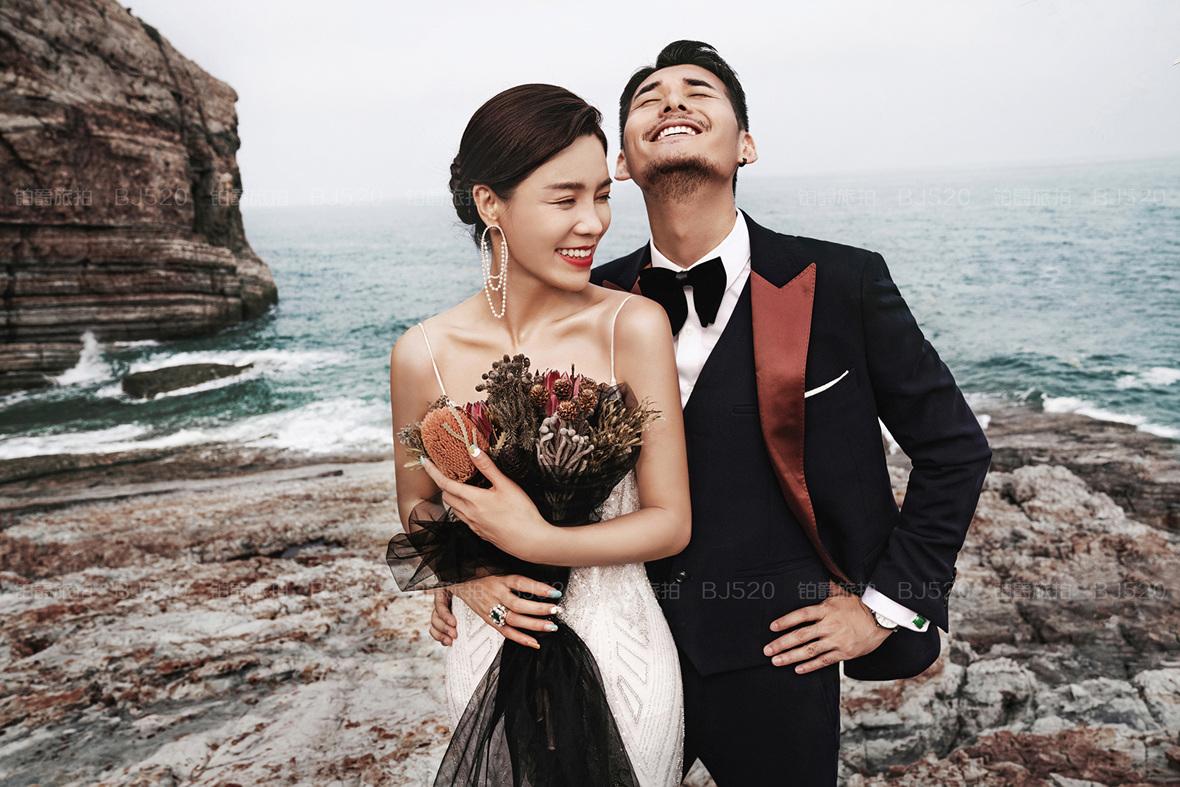 黑色婚纱照的寓意是什么?穿黑色婚纱拍照需要注意什么?