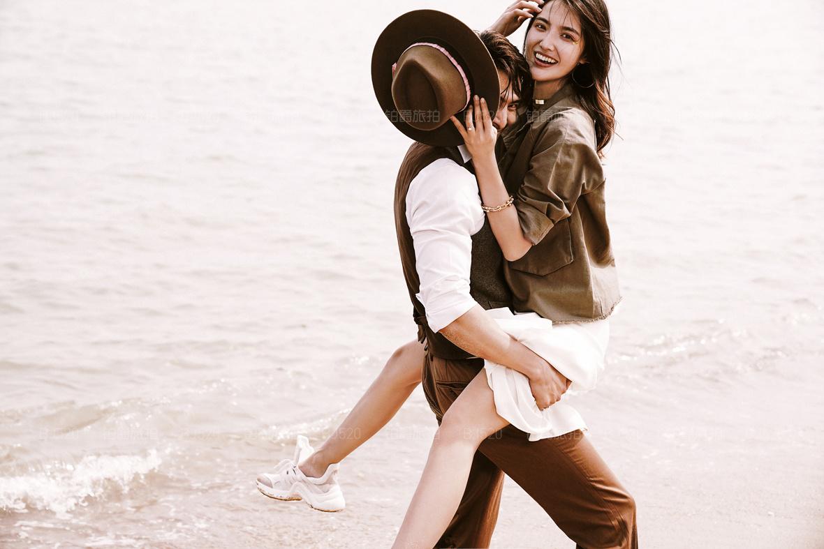 铂爵旅拍教你浪漫大气的婚纱照效果应该怎么体现出来