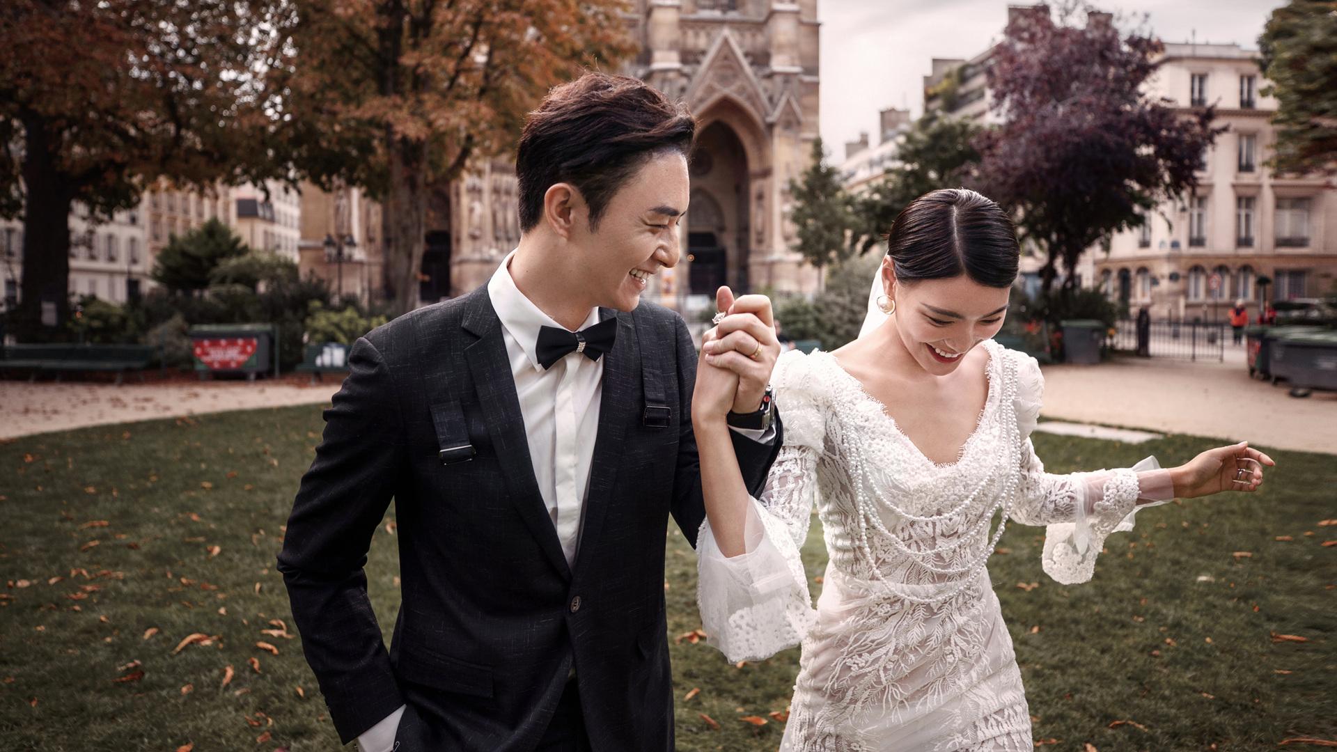 外景婚纱摄影价格是多少?外景婚纱如何摆姿势