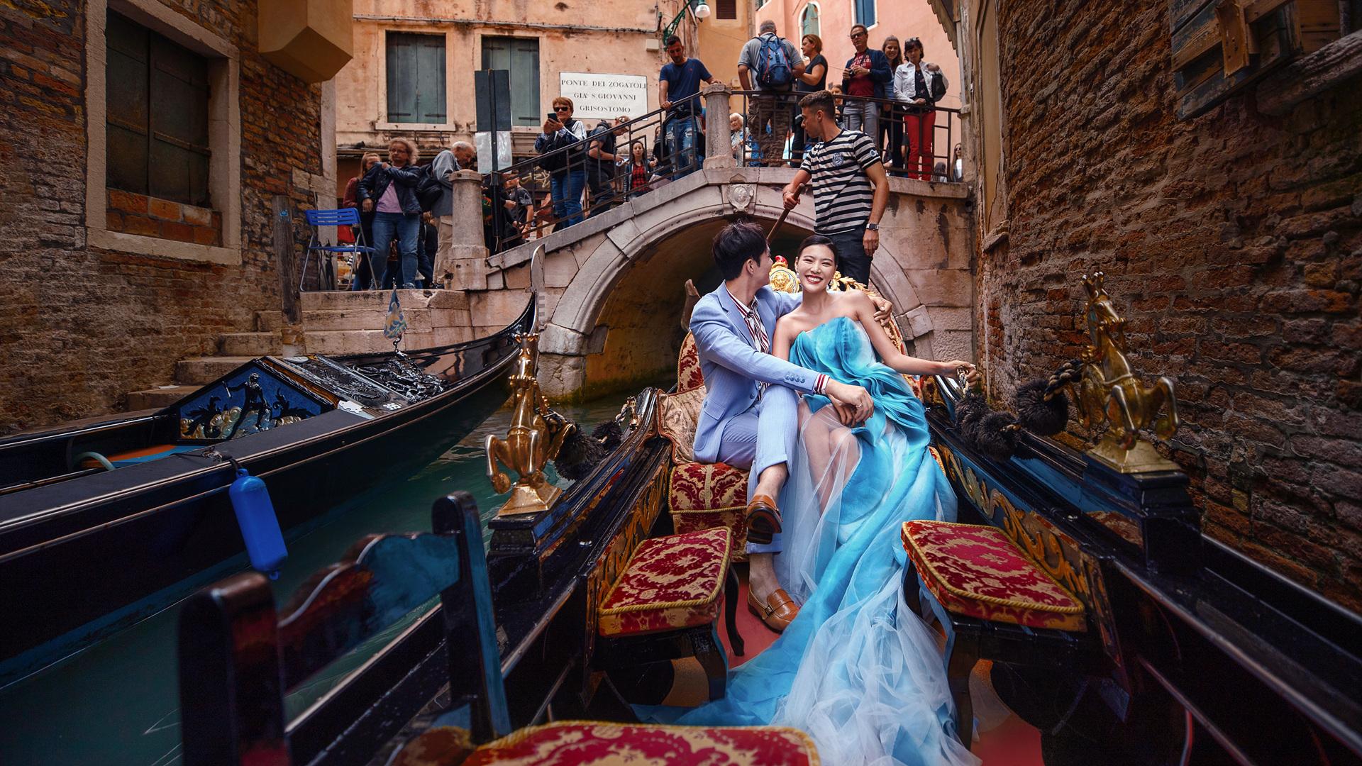街拍婚纱照怎么拍出质感 厦门婚纱照拍摄技巧分享